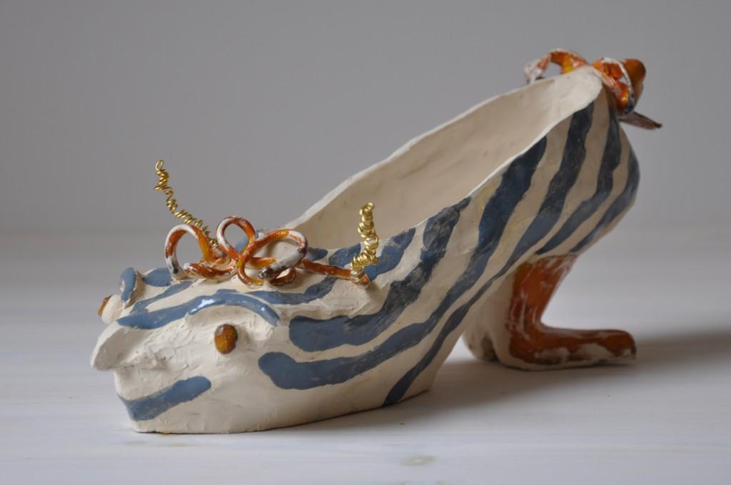 Skojungfrun, skulptur i keramik