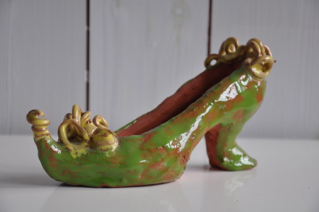 Sko i keramik, glaserad